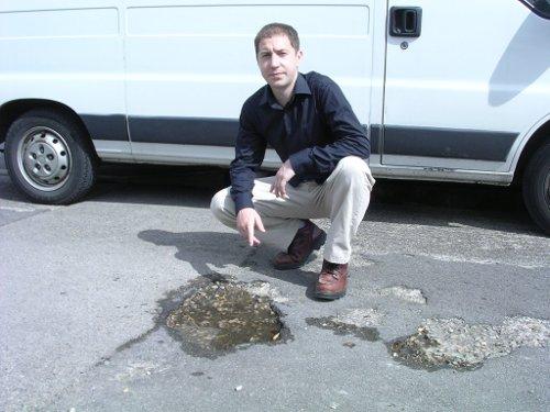 nigel-ayre-with-pothole.jpg