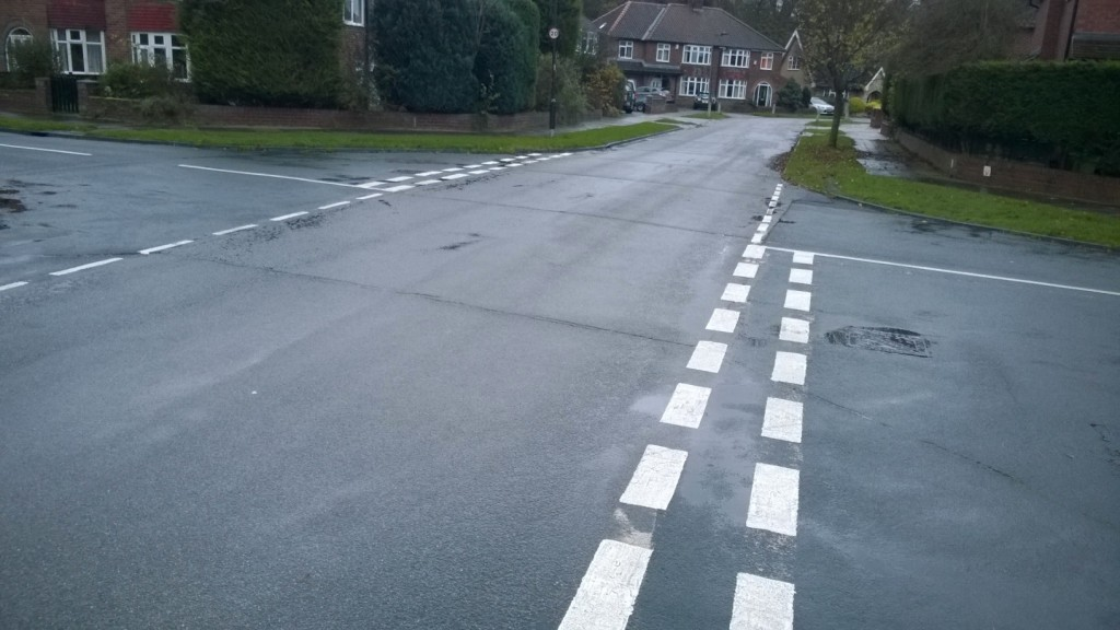 Whin Road white lines